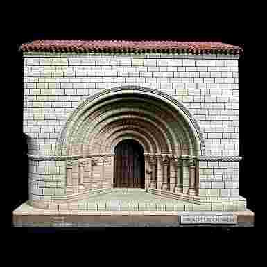 Portada de la Iglesia de Santa Cruz de Castañeda (Cantabria)