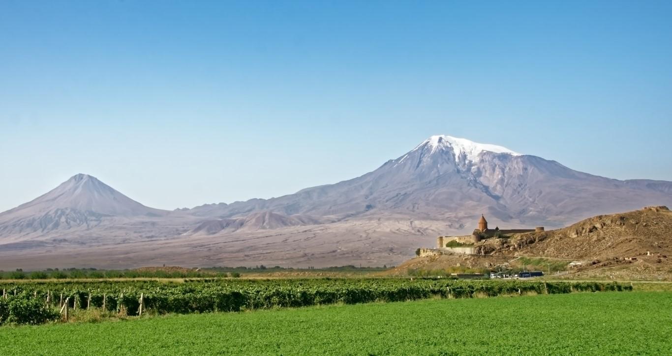 Armenia. El país de los mil monasterios.