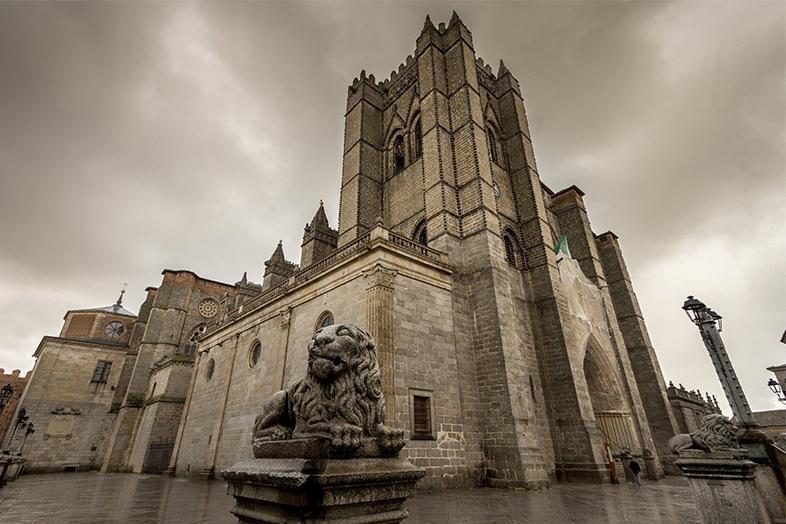 Ávila. Románico Imprescindible.
