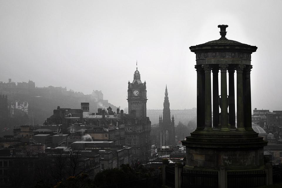 """Edimburgo. Vida y muerte en la """"vieja humeante"""""""