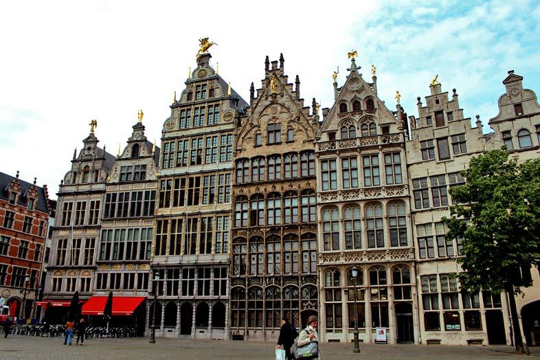 Flandes. Van Eyck y los Maestros flamencos
