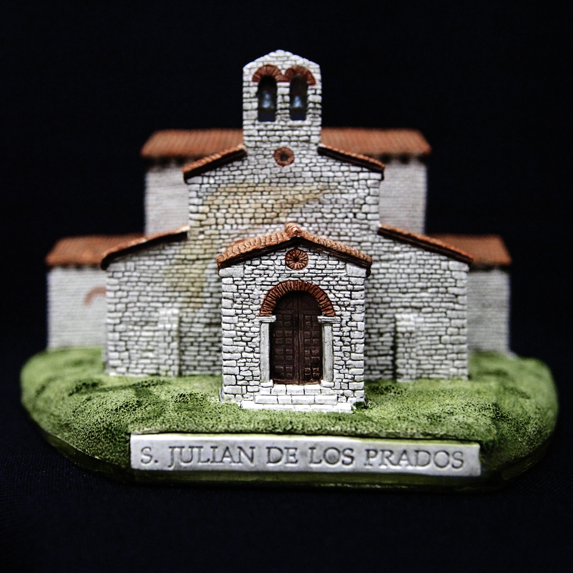 Iglesia de San Julián de los Prados (Oviedo) (Asturias)