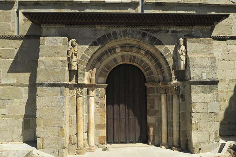 Monasterios del Esla. Ecos de un viejo reino.